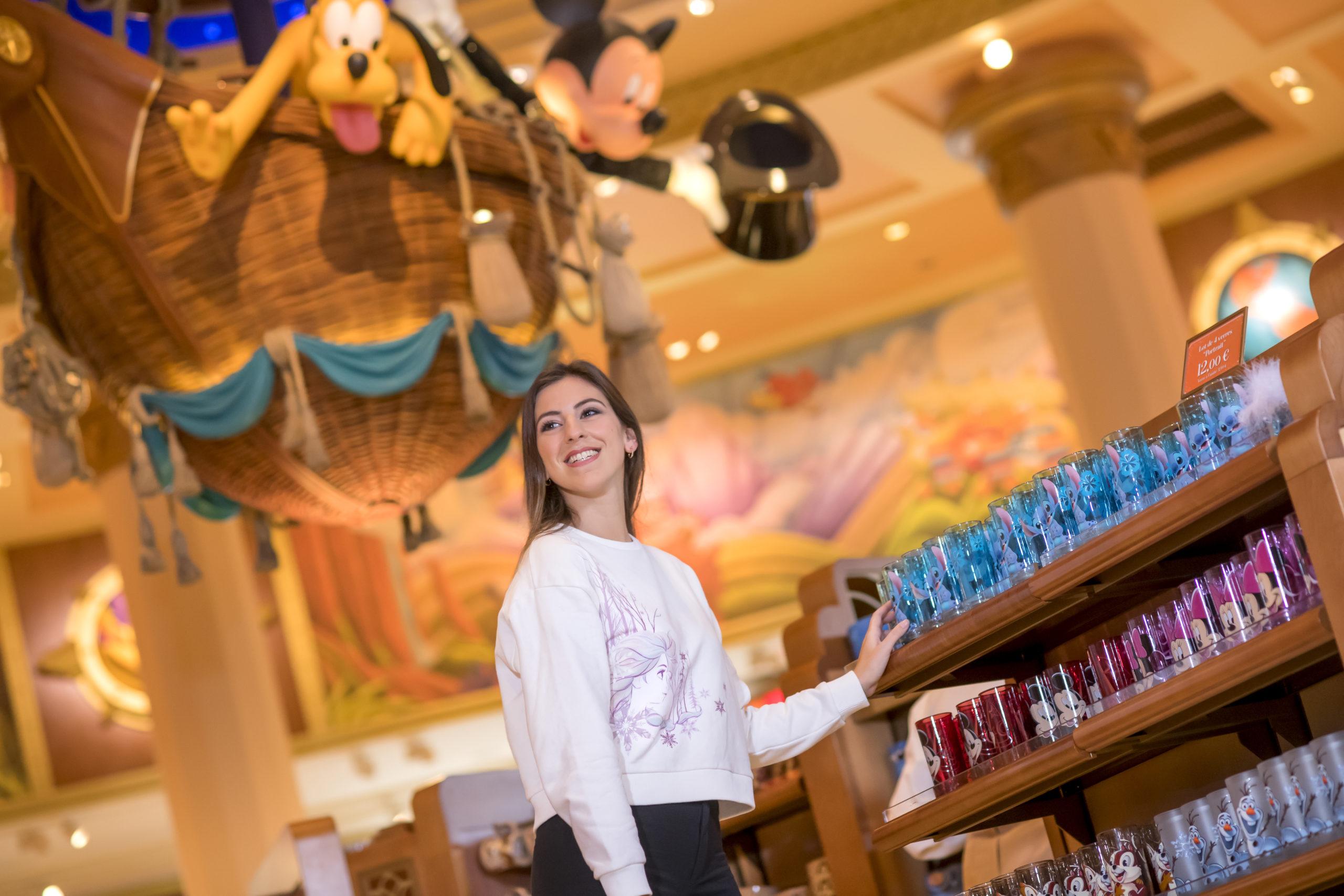 Aperçu de la collection La Reine des Neiges à Disneyland Paris