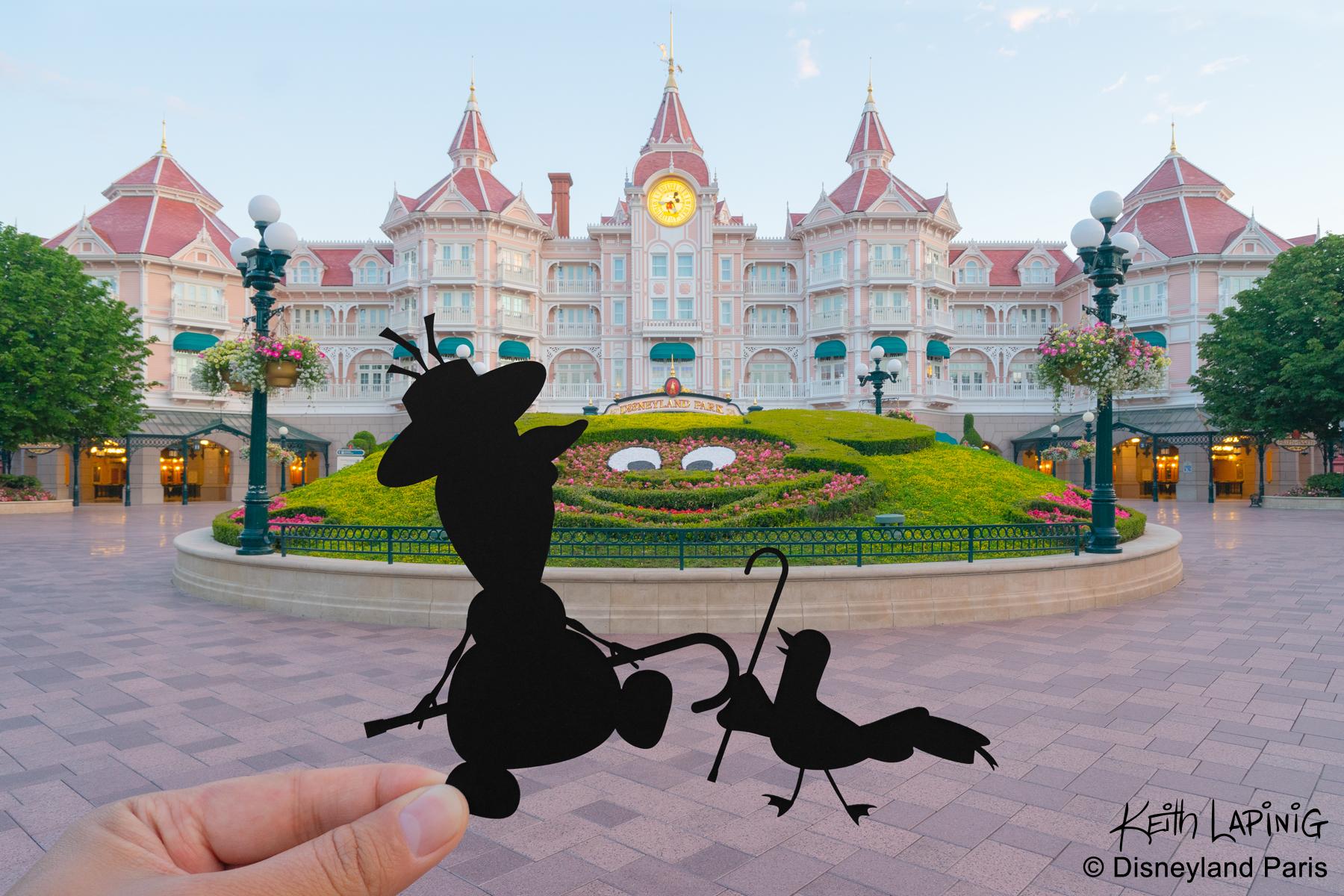 Frozen - Olaf Disneyland Hotel