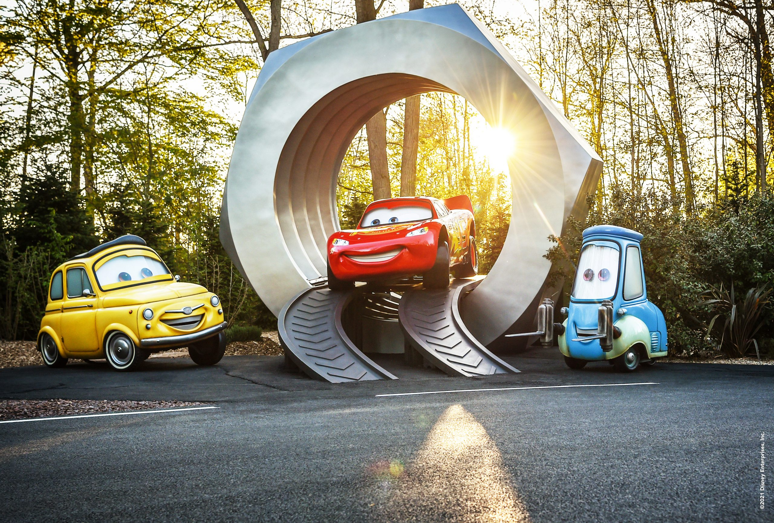 This image has an empty alt attribute; its file name is Cars-Road-Trip-3-scaled.jpg