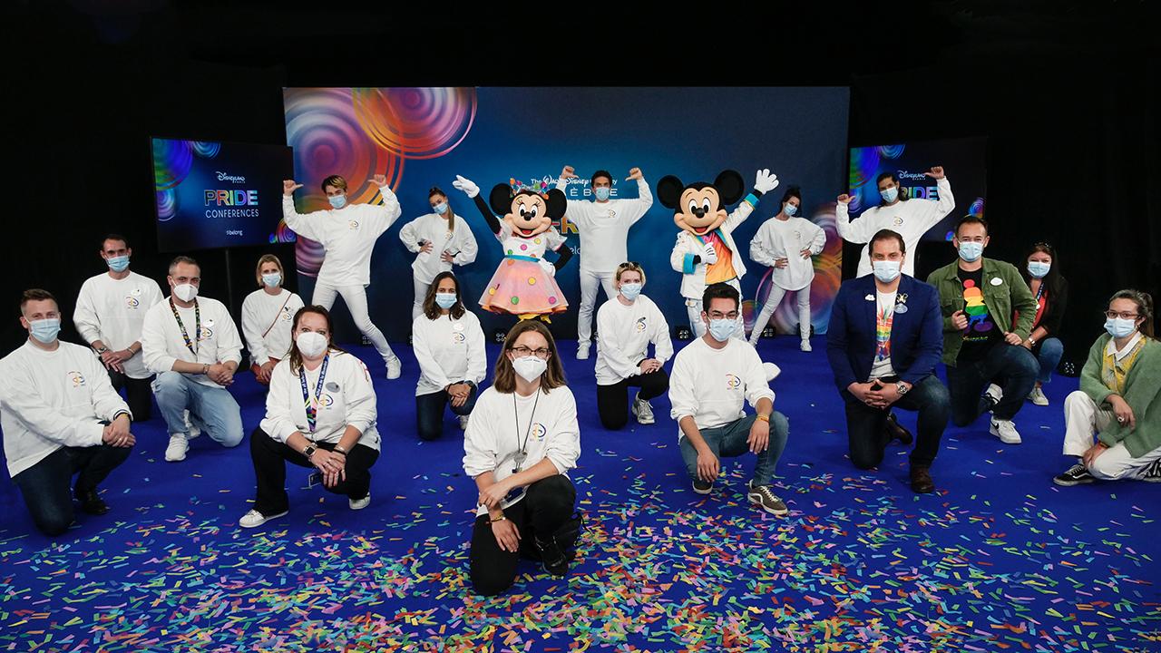Disneyland Paris realiza conferência LGBTQ+