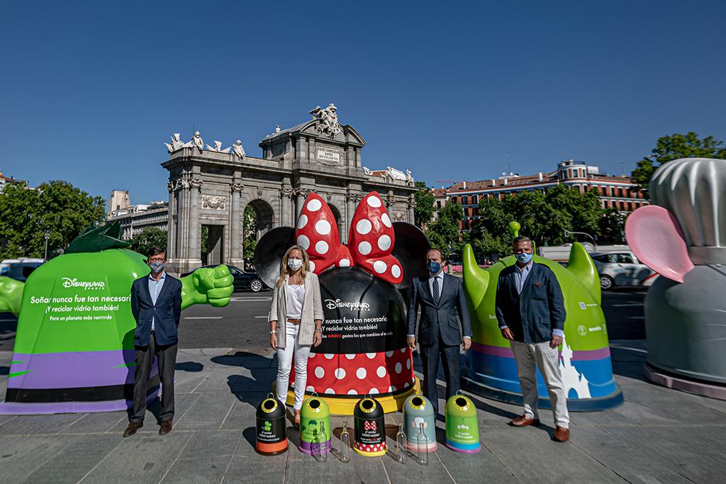 Disneyland Paris faz campanha de reciclagem na Espanha